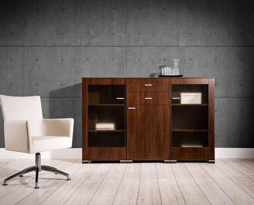 kredens-drewniany