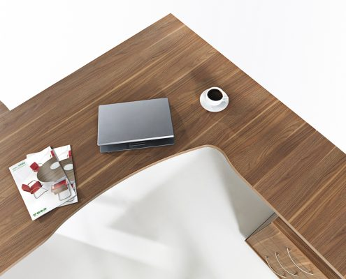 drewniany_stol_biurowy